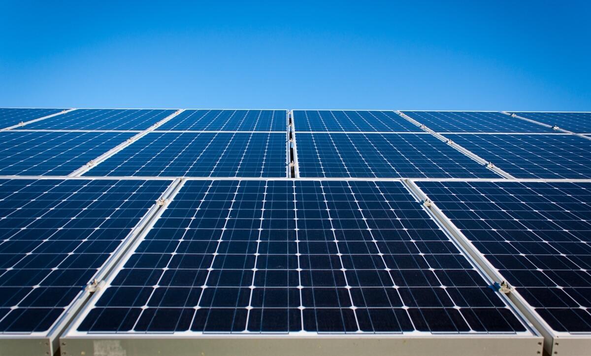 Algunos tipos de paneles solares son más eficientes que otros