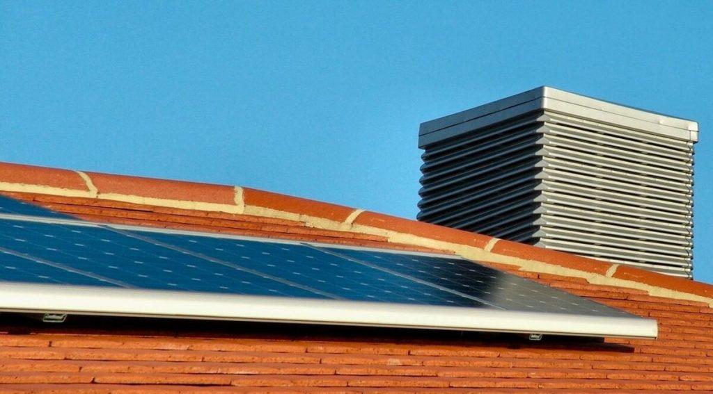 Conoce cuáles son las ventajas de los paneles solares para las empresas