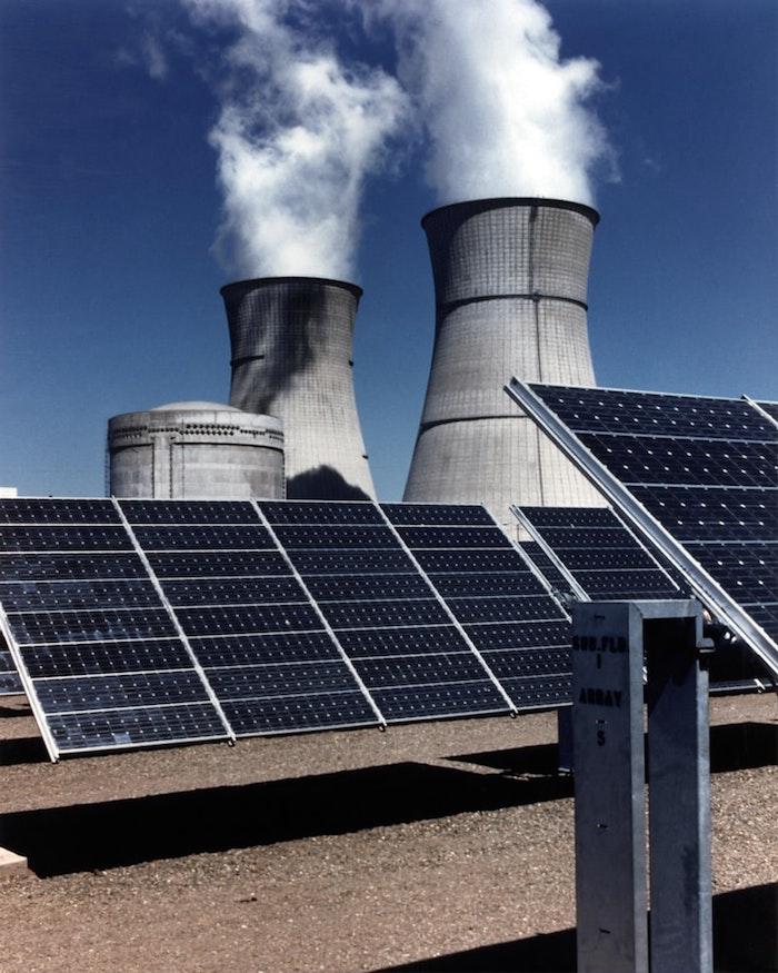 Cómo deducir los impuestos de los paneles solares ante el SAT. *Foto: We Heart It