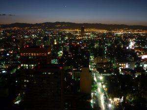 Ciudad-de-Mexico-de-Noche-paneles-solares