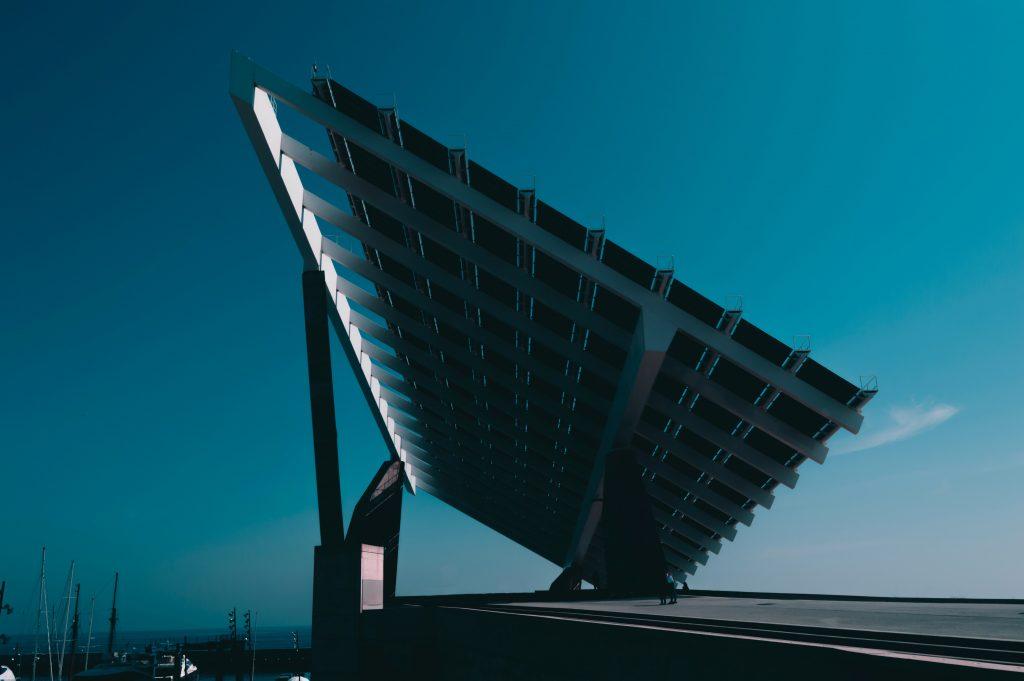 Entrevista de Telos con Jeremy Rifkin sobre un futuro sustentable. *Foto: Unsplash