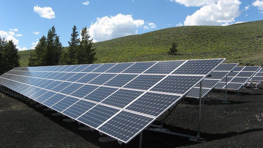 Cómo funciona un sistema de paneles solares aislado