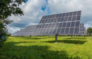 Cuál es sistema de paneles solares aislado ideal para mi