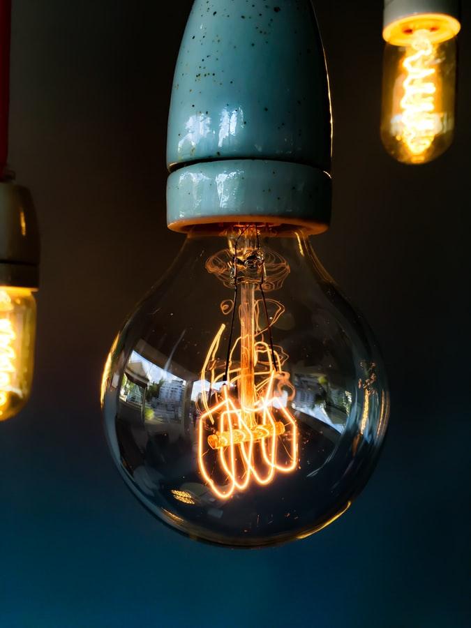 CFE admite alzas en los recibos de luz por la pandemia. *Foto: Unsplash