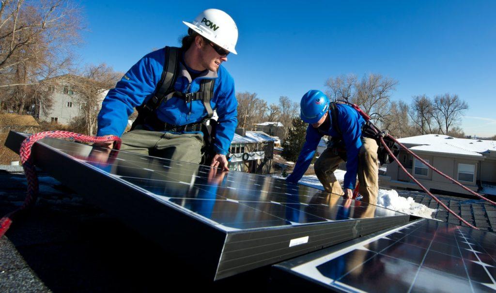 Cómo generan energía eléctrica los paneles solares - Suncore